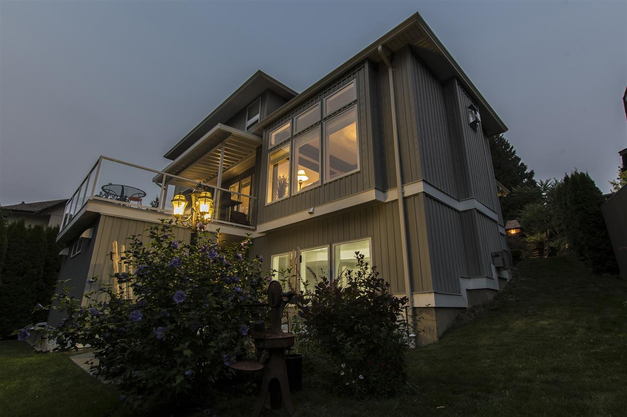 Detached at 10136 KENSWOOD DRIVE, Chilliwack, British Columbia. Image 17