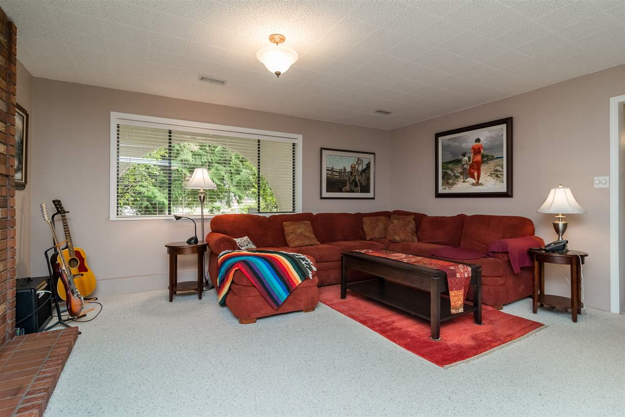 Detached at 20467 43 AVENUE, Langley, British Columbia. Image 13