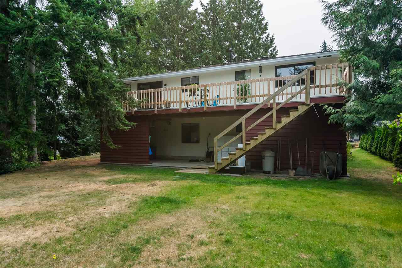 Detached at 20467 43 AVENUE, Langley, British Columbia. Image 18