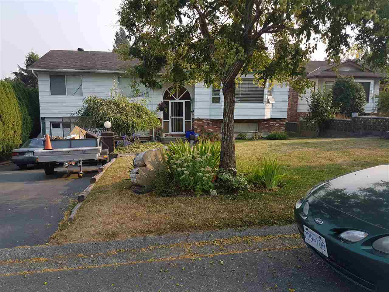 Detached at 17282 59A AVENUE, Cloverdale, British Columbia. Image 1