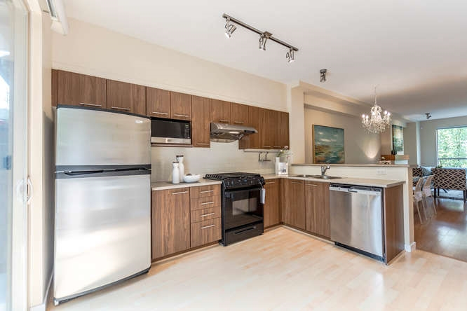 Townhouse at 117 100 KLAHANIE DRIVE, Unit 117, Port Moody, British Columbia. Image 2
