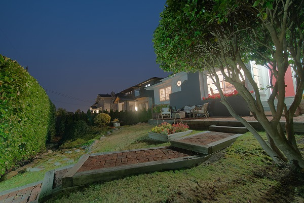 Detached at 2221 HAYWOOD AVENUE, West Vancouver, British Columbia. Image 2