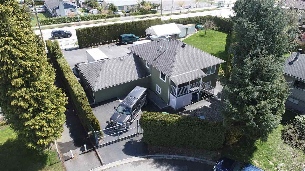 Detached at 9243 128 STREET, Surrey, British Columbia. Image 19