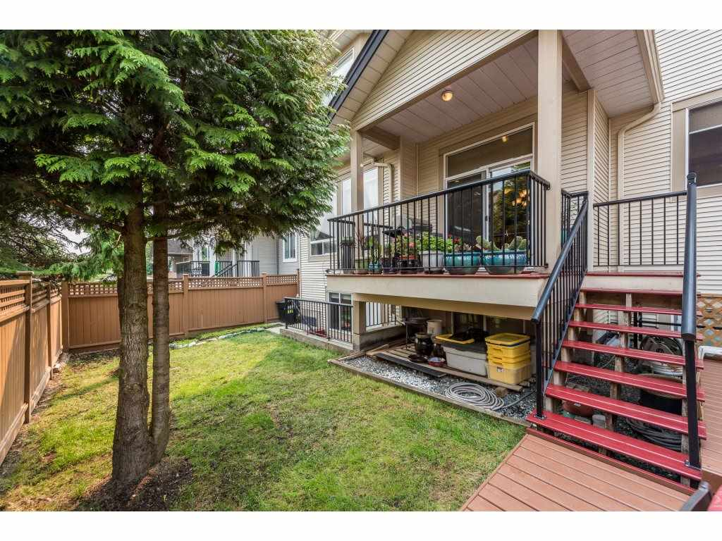 Detached at 6944 196A STREET, Langley, British Columbia. Image 19
