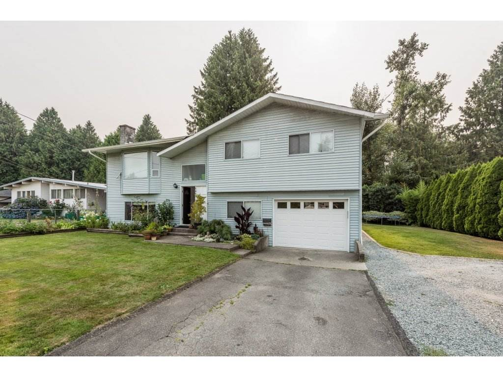 Detached at 5493 BRYDON CRESCENT, Langley, British Columbia. Image 2