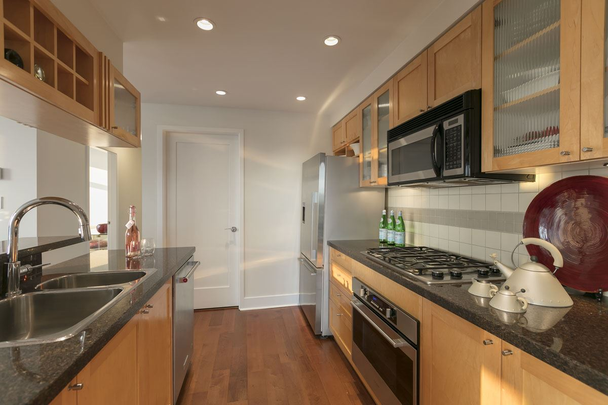 Condo Apartment at 1506 1483 HOMER STREET, Unit 1506, Vancouver West, British Columbia. Image 4
