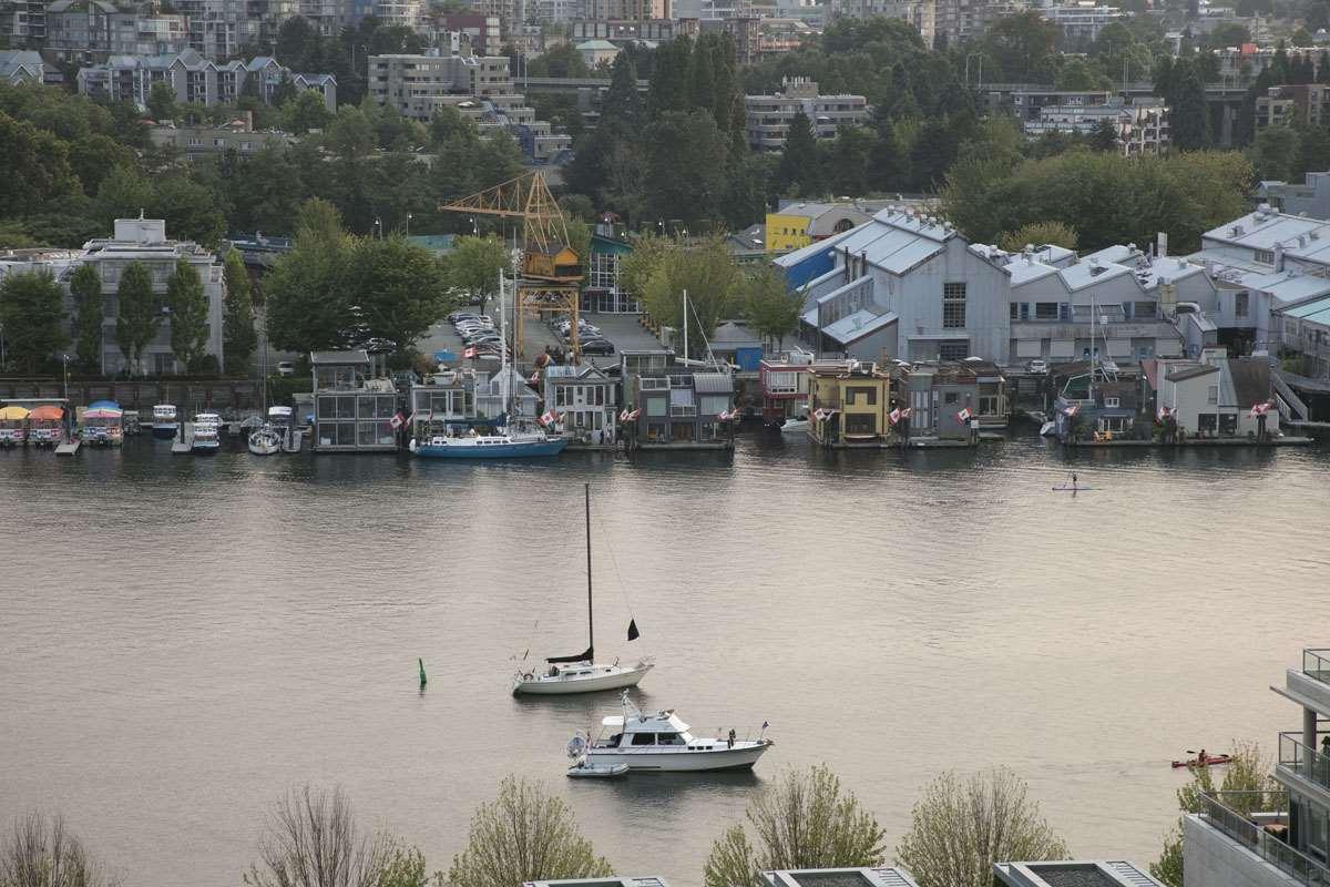 Condo Apartment at 1506 1483 HOMER STREET, Unit 1506, Vancouver West, British Columbia. Image 8