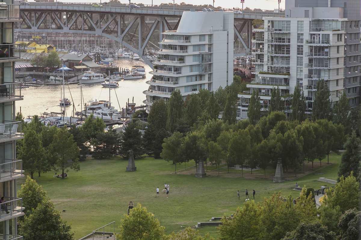 Condo Apartment at 1506 1483 HOMER STREET, Unit 1506, Vancouver West, British Columbia. Image 9
