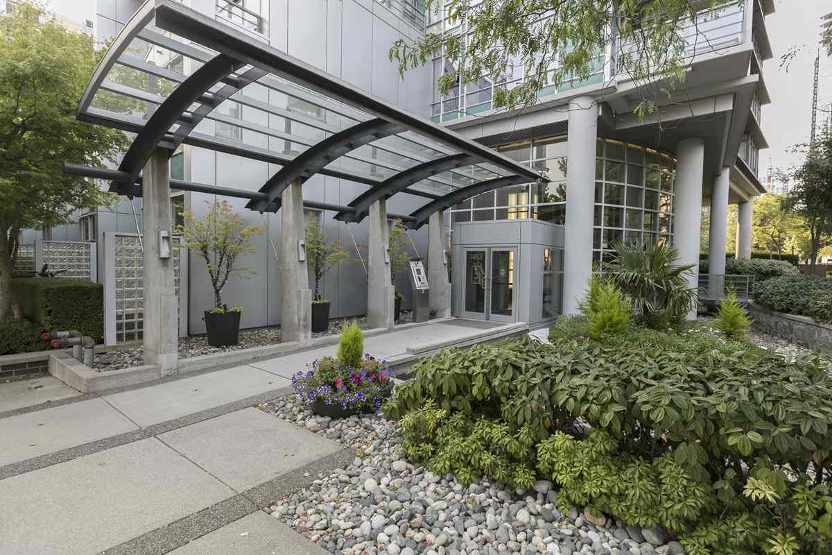 Condo Apartment at 1506 1483 HOMER STREET, Unit 1506, Vancouver West, British Columbia. Image 16