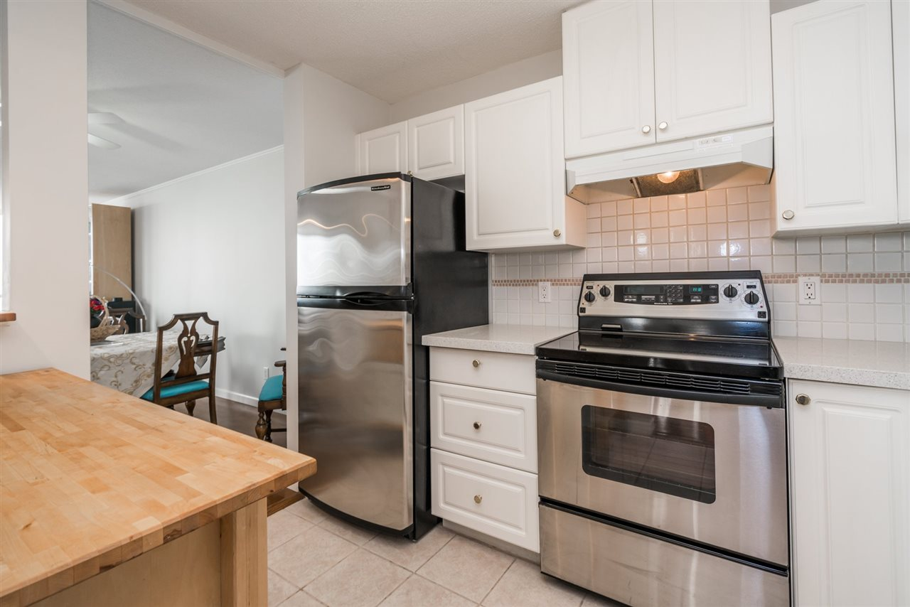 Condo Apartment at 1907 612 SIXTH STREET, Unit 1907, New Westminster, British Columbia. Image 11