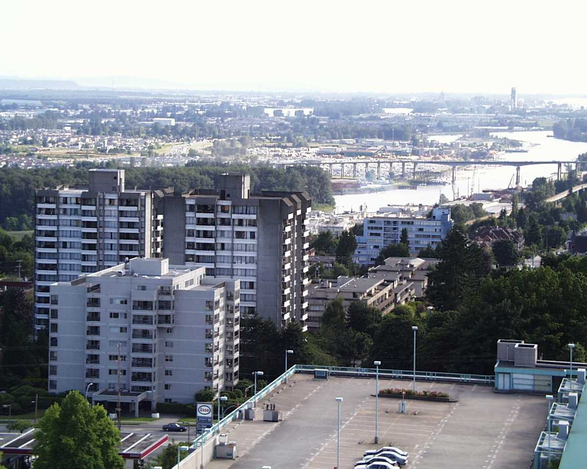 Condo Apartment at 1907 612 SIXTH STREET, Unit 1907, New Westminster, British Columbia. Image 19