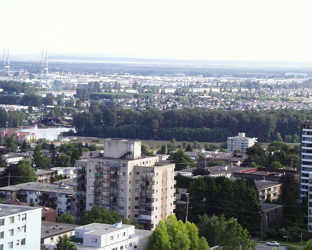 Condo Apartment at 1907 612 SIXTH STREET, Unit 1907, New Westminster, British Columbia. Image 20