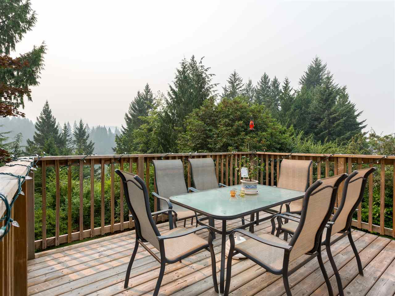 Detached at 40186 KINTYRE DRIVE, Squamish, British Columbia. Image 17
