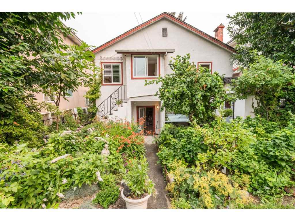 Detached at 2430 E 11TH AVENUE, Vancouver East, British Columbia. Image 2
