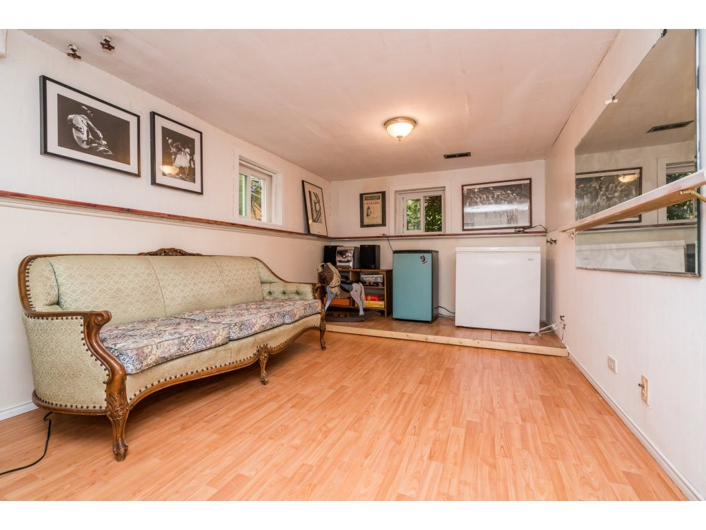 Detached at 2430 E 11TH AVENUE, Vancouver East, British Columbia. Image 15