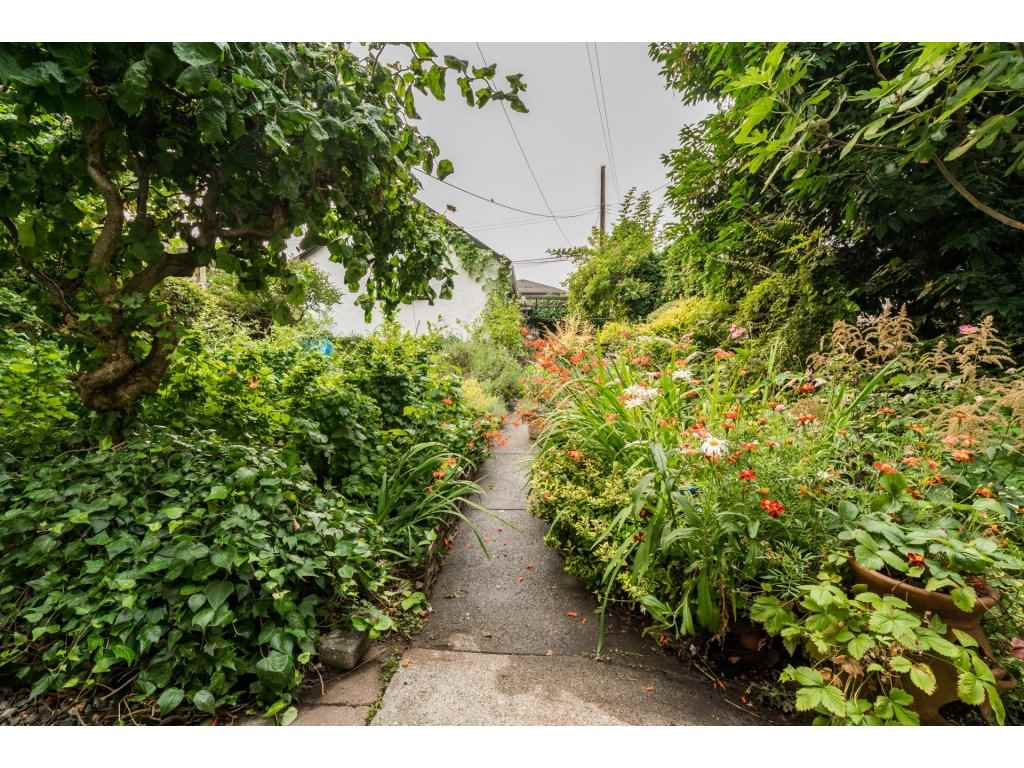 Detached at 2430 E 11TH AVENUE, Vancouver East, British Columbia. Image 17