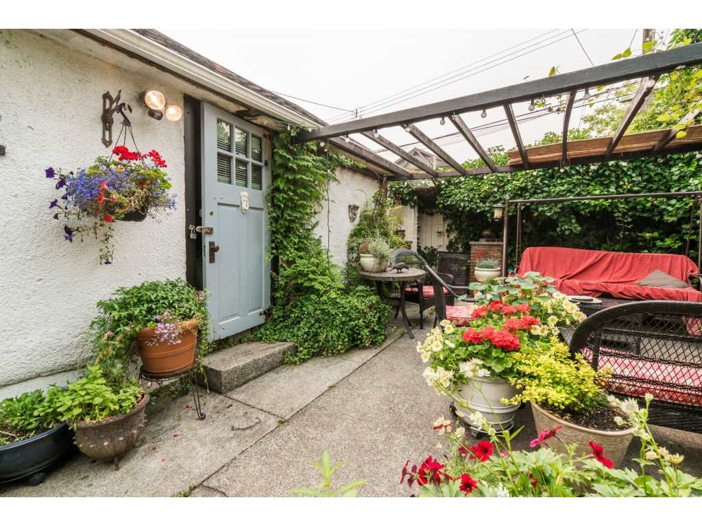 Detached at 2430 E 11TH AVENUE, Vancouver East, British Columbia. Image 20