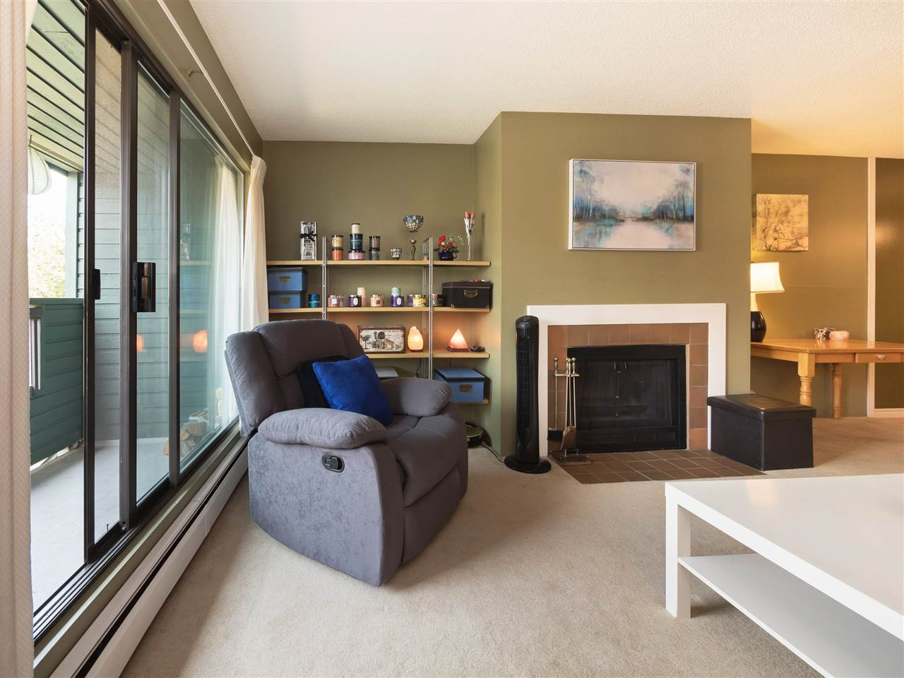 Condo Apartment at 315 8591 WESTMINSTER HIGHWAY, Unit 315, Richmond, British Columbia. Image 4
