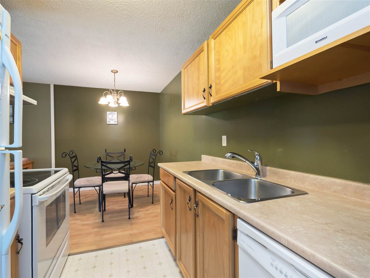Condo Apartment at 315 8591 WESTMINSTER HIGHWAY, Unit 315, Richmond, British Columbia. Image 6