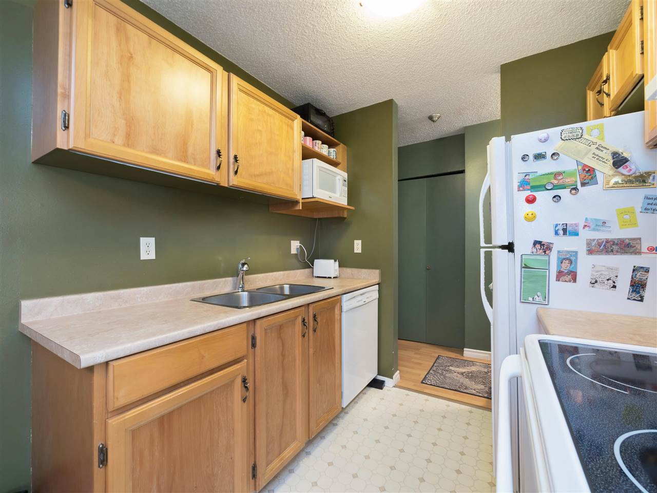 Condo Apartment at 315 8591 WESTMINSTER HIGHWAY, Unit 315, Richmond, British Columbia. Image 7