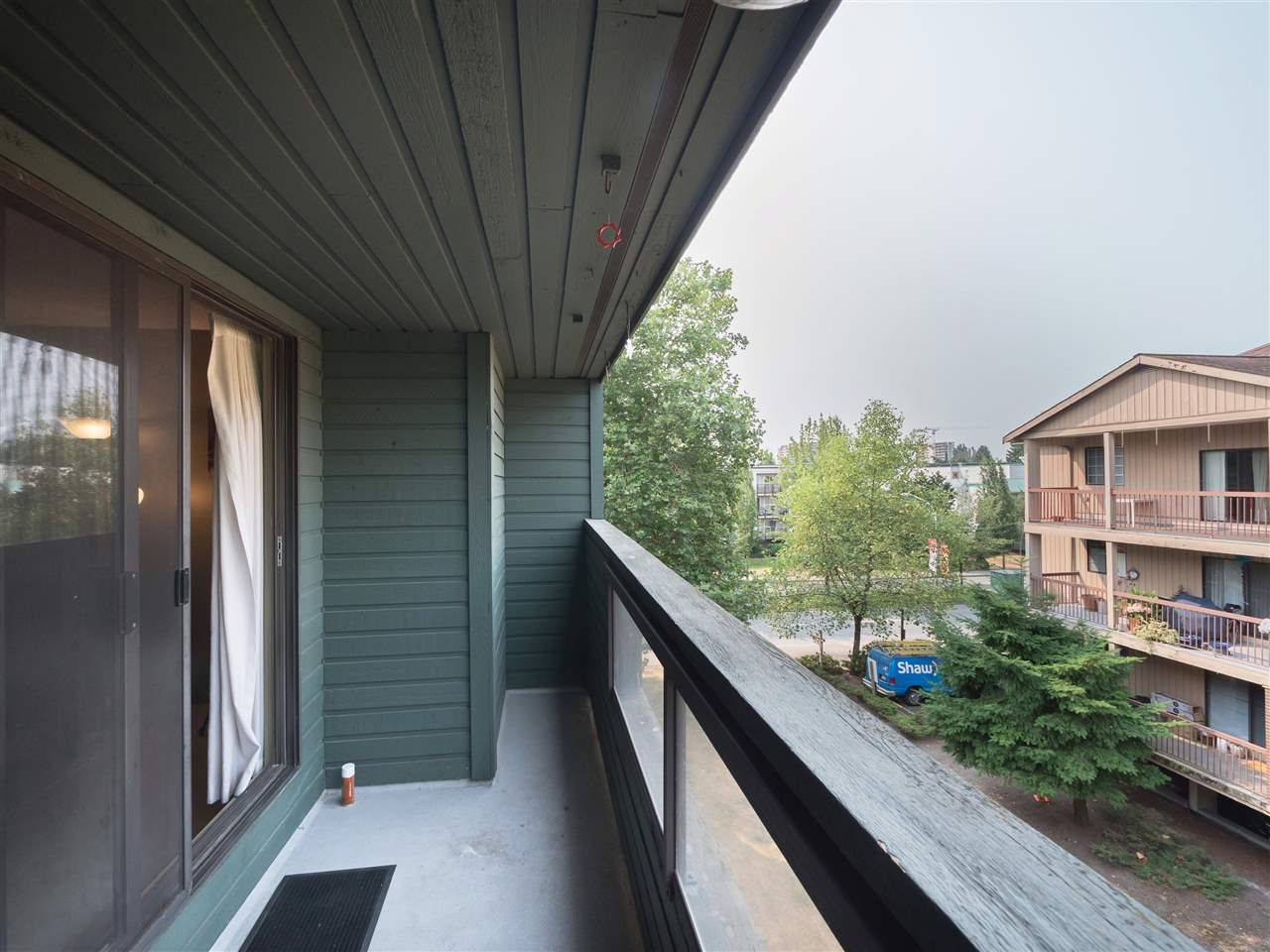 Condo Apartment at 315 8591 WESTMINSTER HIGHWAY, Unit 315, Richmond, British Columbia. Image 16