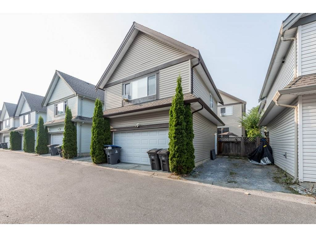 Detached at 19252 68A AVENUE, Cloverdale, British Columbia. Image 20