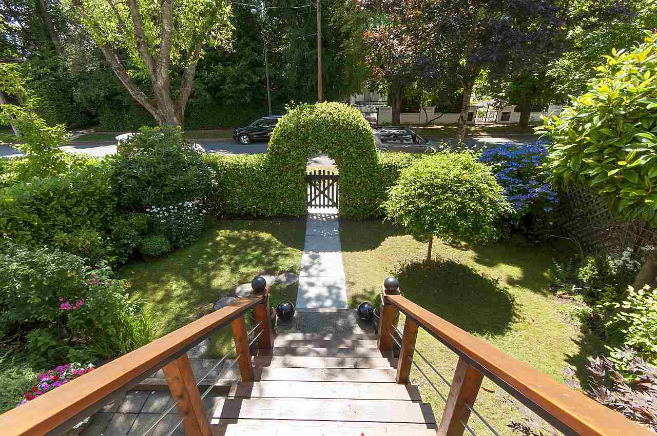 Detached at 2419 W 47TH AVENUE, Vancouver West, British Columbia. Image 2