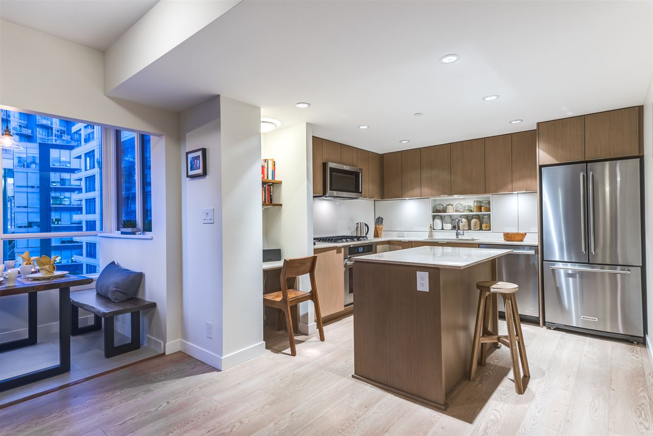 Condo Apartment at PH615 161 E 1ST AVENUE, Unit PH615, Vancouver East, British Columbia. Image 11