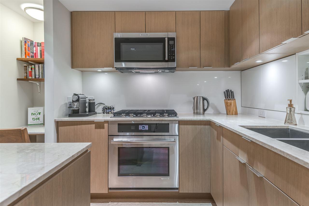 Condo Apartment at PH615 161 E 1ST AVENUE, Unit PH615, Vancouver East, British Columbia. Image 13