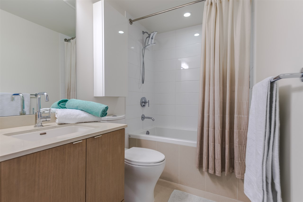 Condo Apartment at PH615 161 E 1ST AVENUE, Unit PH615, Vancouver East, British Columbia. Image 16