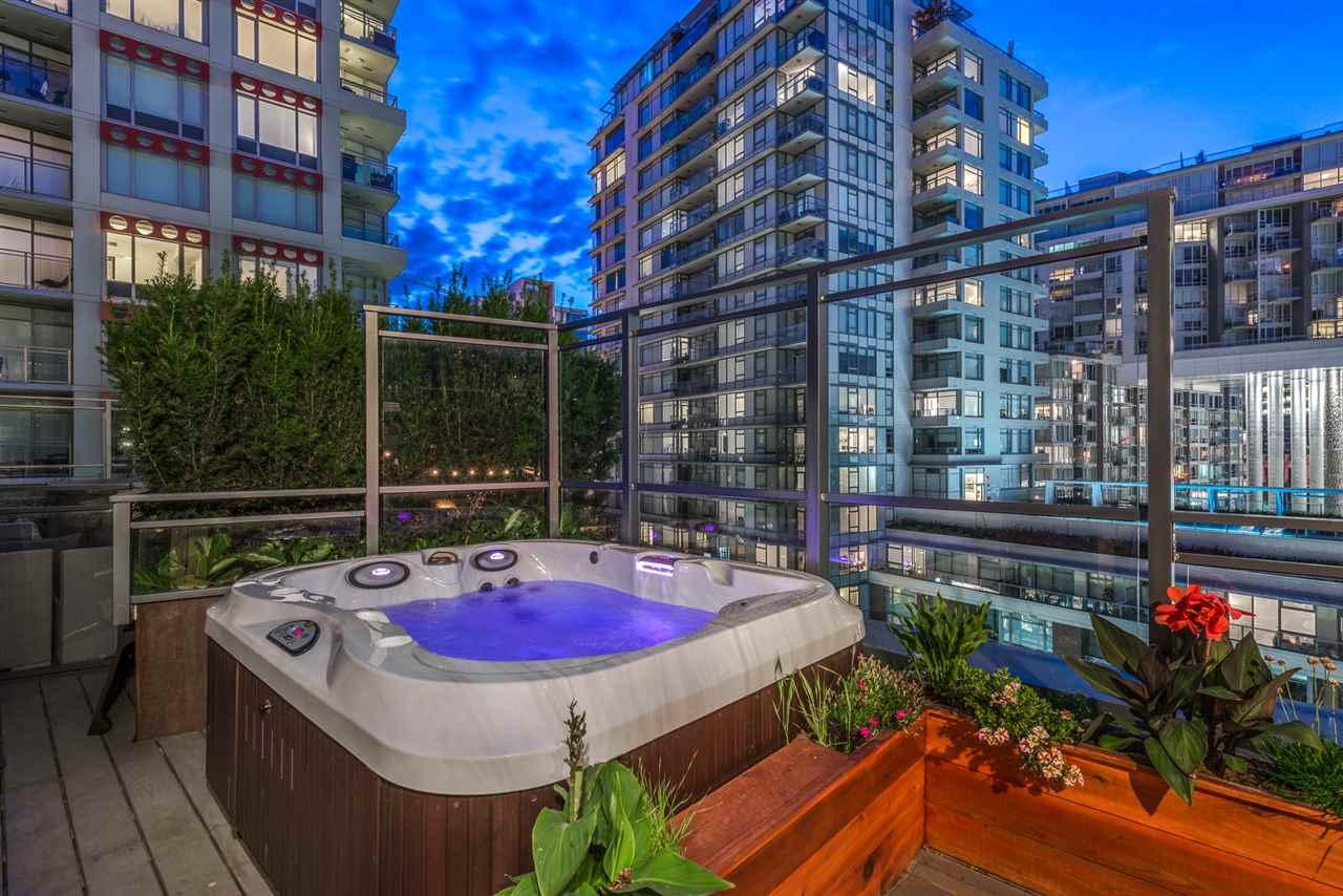 Condo Apartment at PH615 161 E 1ST AVENUE, Unit PH615, Vancouver East, British Columbia. Image 19