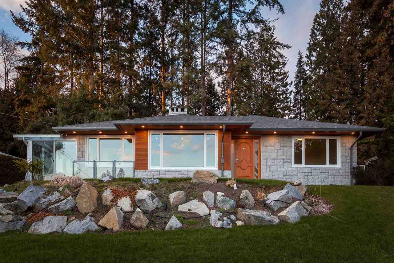 Detached at 1575 RENA CRESCENT, West Vancouver, British Columbia. Image 1