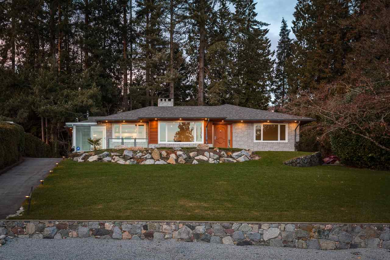 Detached at 1575 RENA CRESCENT, West Vancouver, British Columbia. Image 19