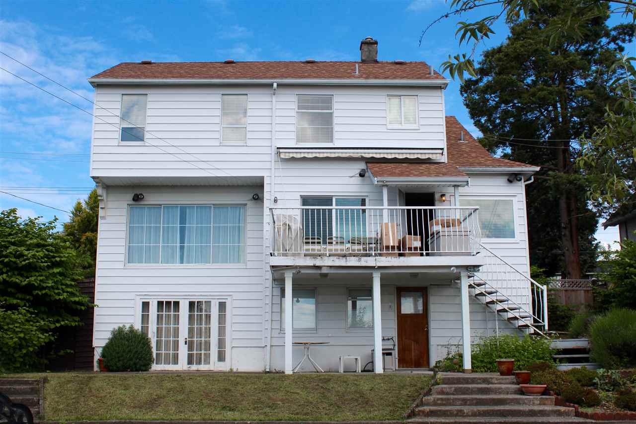 Detached at 1318 EIGHTH AVENUE, New Westminster, British Columbia. Image 15