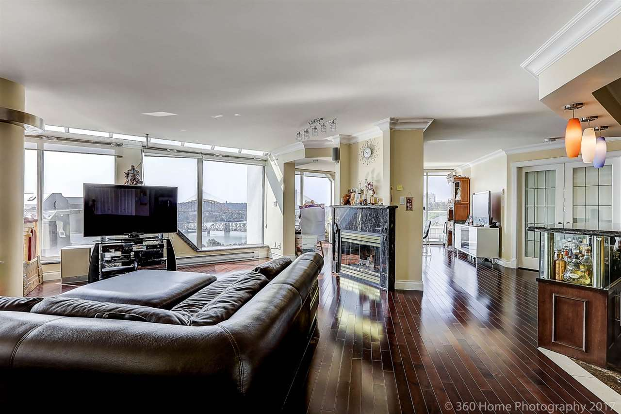 Condo Apartment at 1704 69 JAMIESON COURT, Unit 1704, New Westminster, British Columbia. Image 7