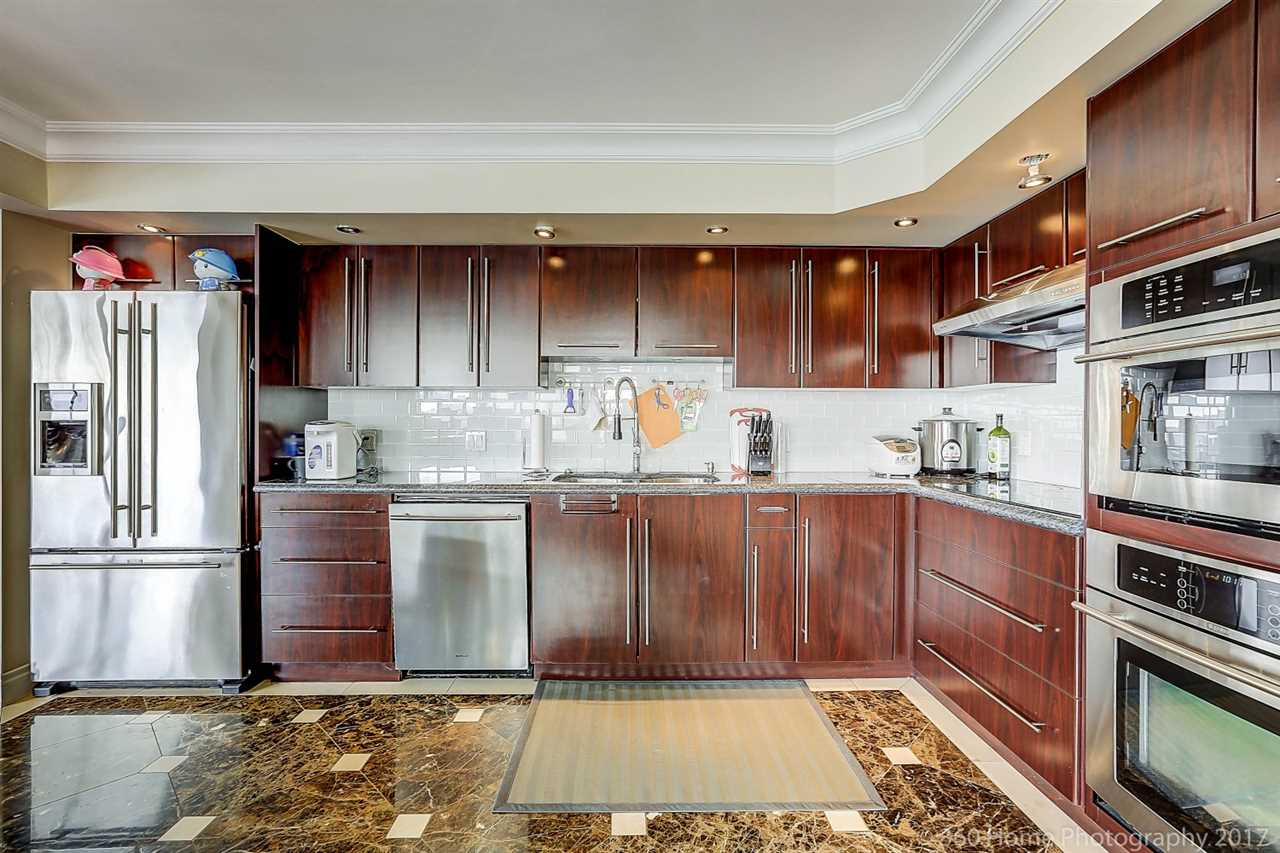 Condo Apartment at 1704 69 JAMIESON COURT, Unit 1704, New Westminster, British Columbia. Image 10