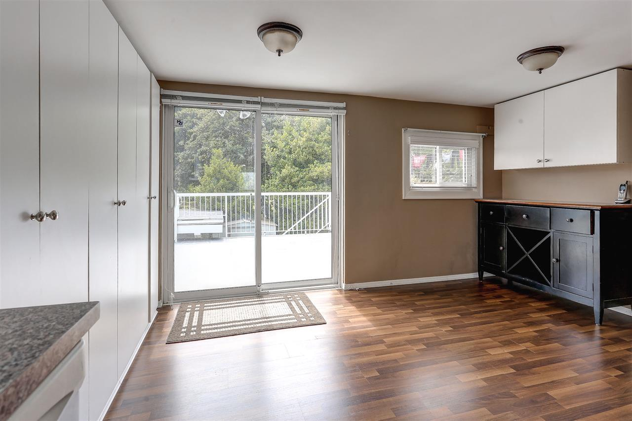 Detached at 7776 MAYFIELD STREET, Burnaby South, British Columbia. Image 6