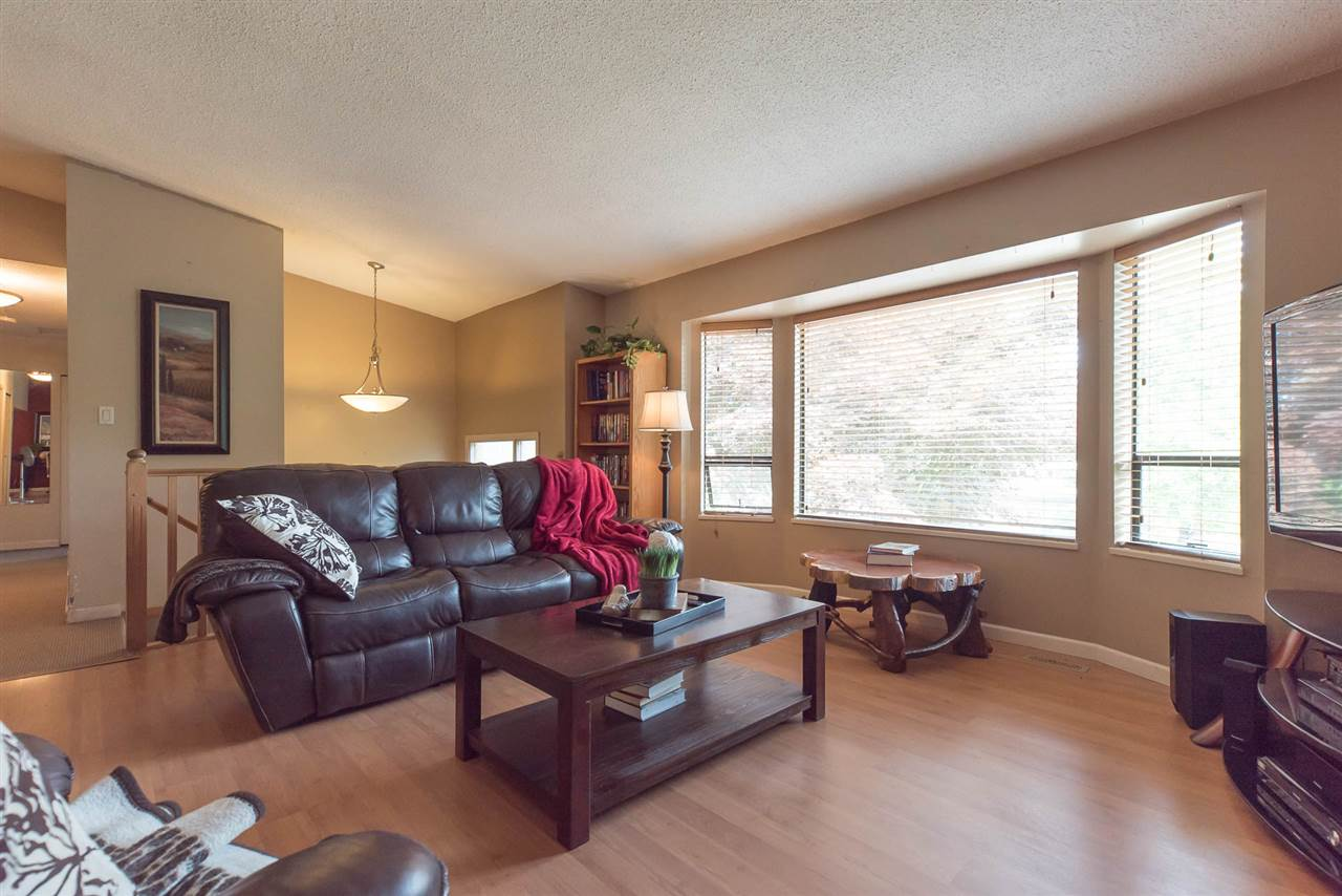 Detached at 20496 88A AVENUE, Langley, British Columbia. Image 6