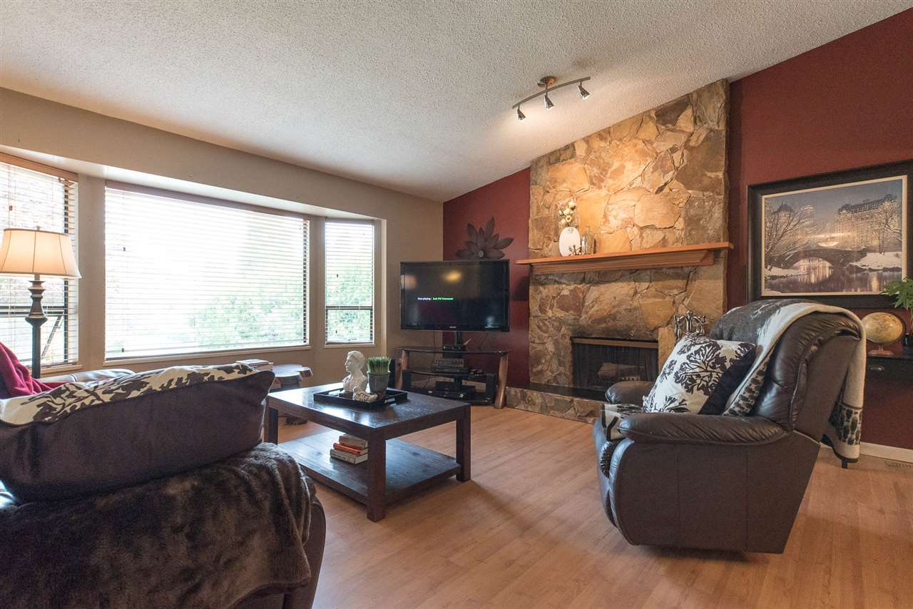 Detached at 20496 88A AVENUE, Langley, British Columbia. Image 7