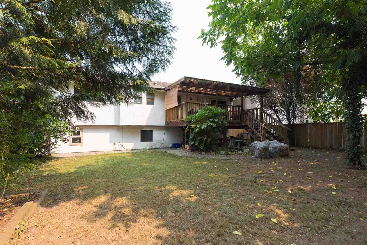 Detached at 20496 88A AVENUE, Langley, British Columbia. Image 16