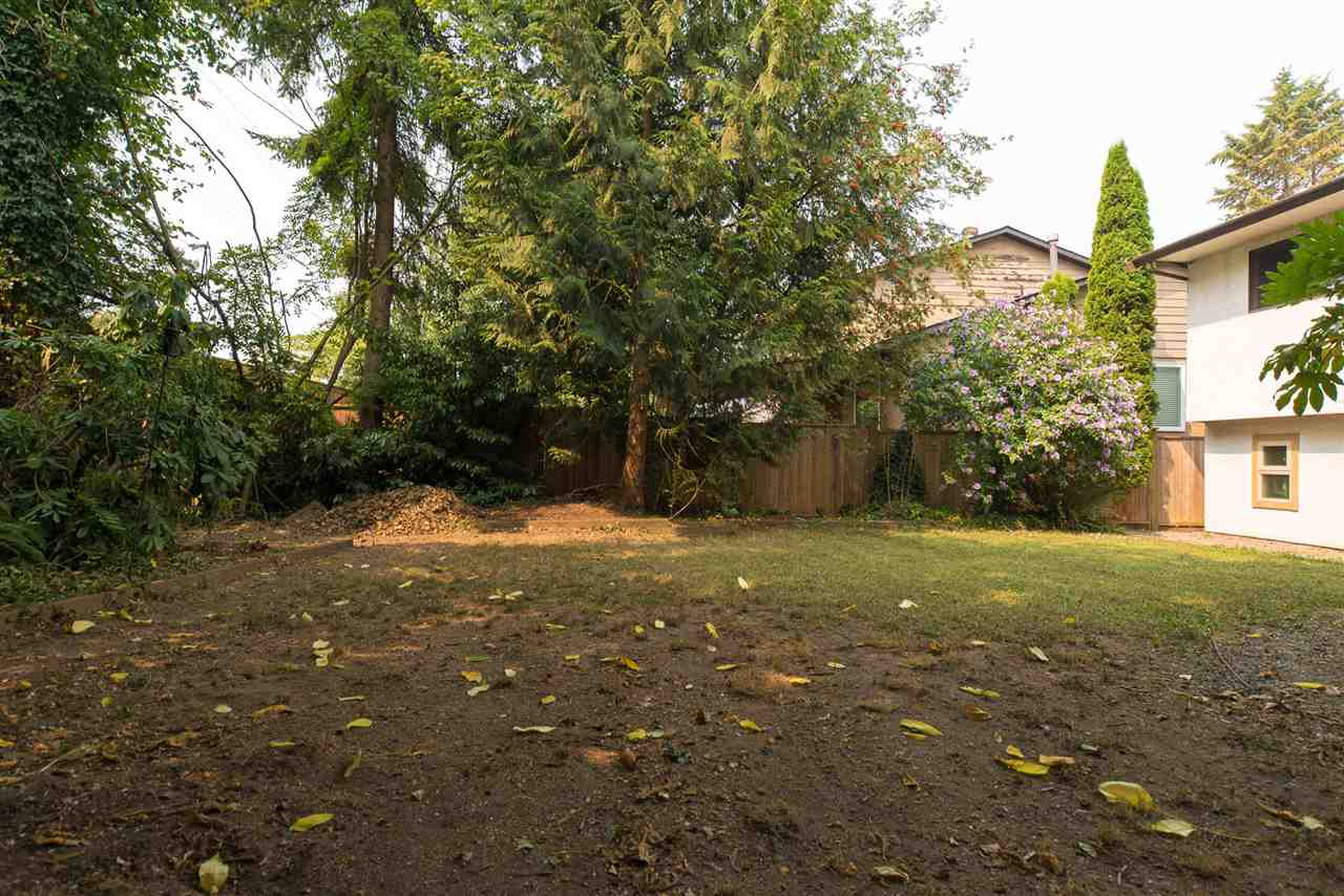 Detached at 20496 88A AVENUE, Langley, British Columbia. Image 17