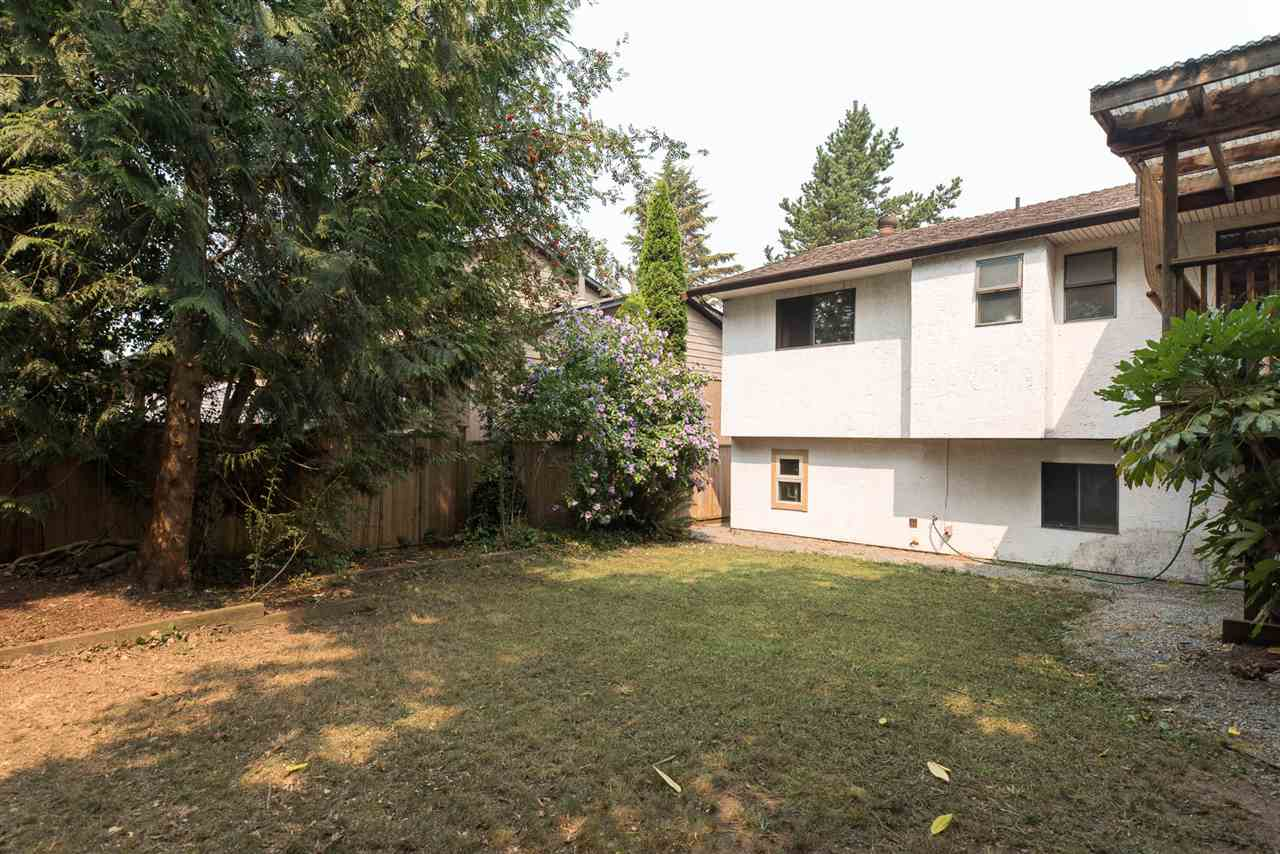 Detached at 20496 88A AVENUE, Langley, British Columbia. Image 18