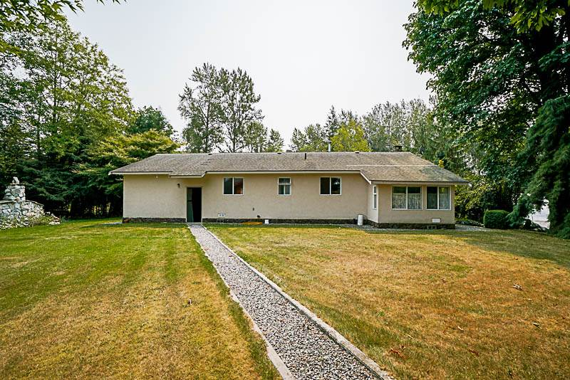 Detached at 26863 20 AVENUE, Langley, British Columbia. Image 4