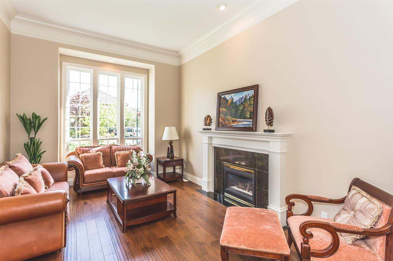 Detached at 13713 23A AVENUE, South Surrey White Rock, British Columbia. Image 6