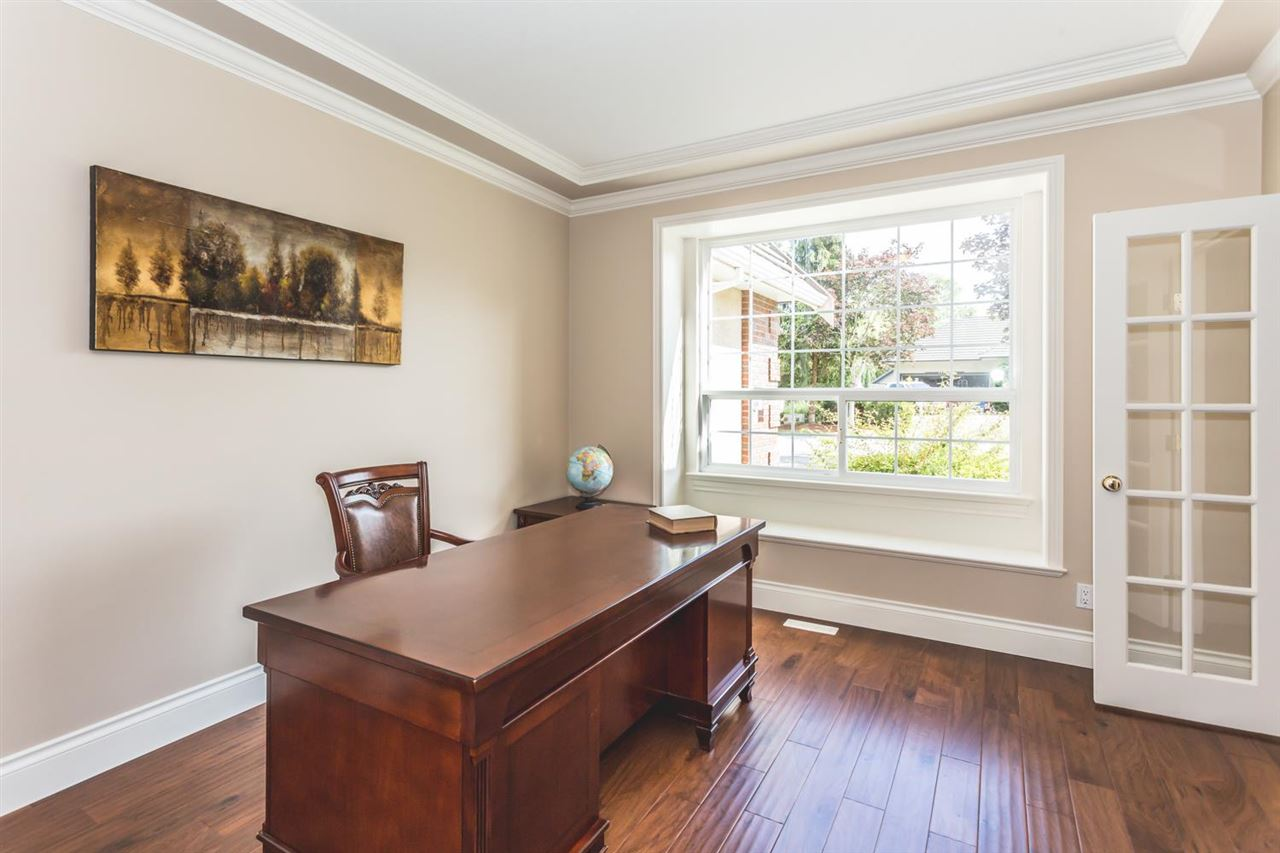 Detached at 13713 23A AVENUE, South Surrey White Rock, British Columbia. Image 8