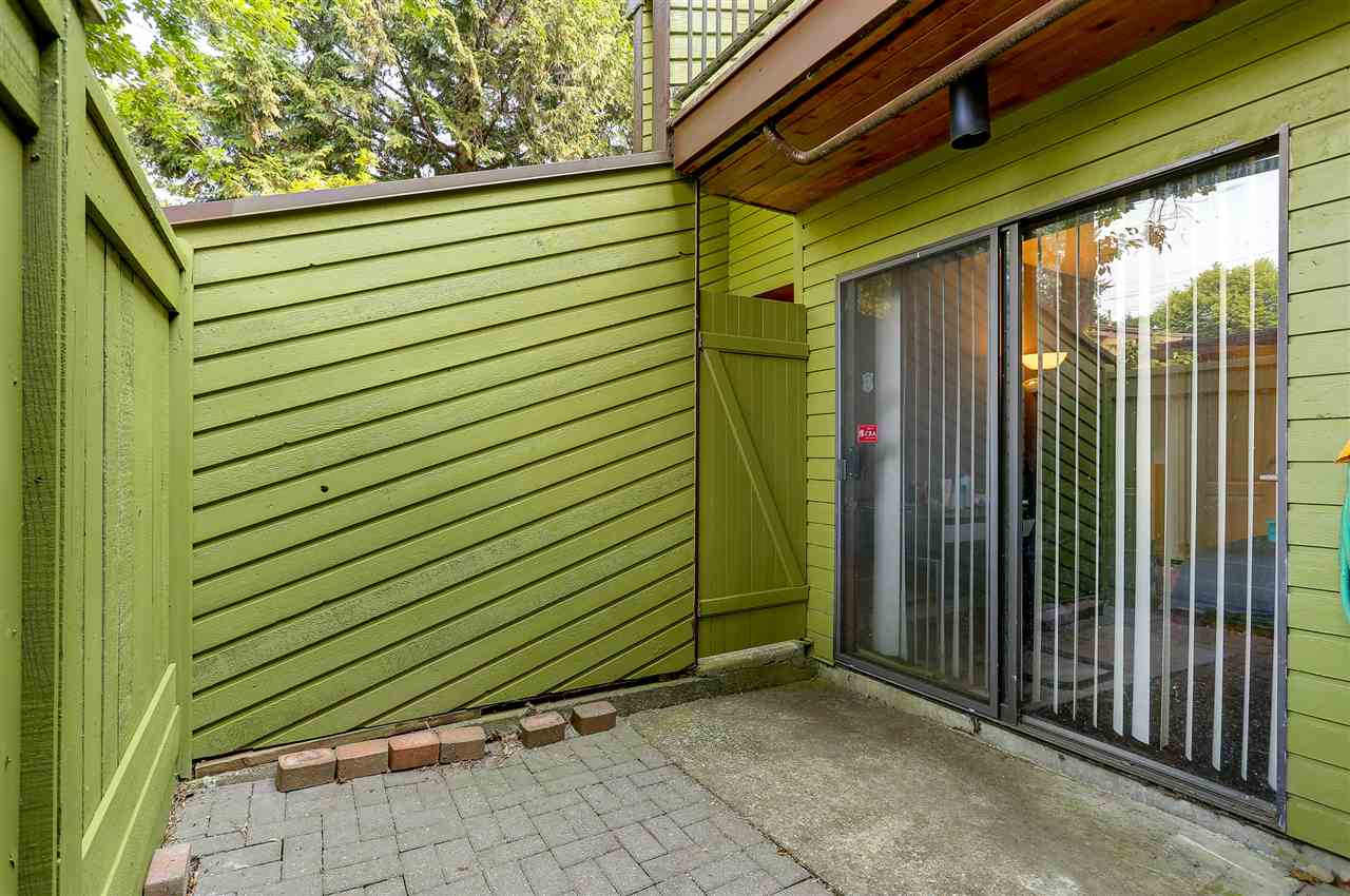 Townhouse at 2686 KINGSFORD AVENUE, Burnaby North, British Columbia. Image 4