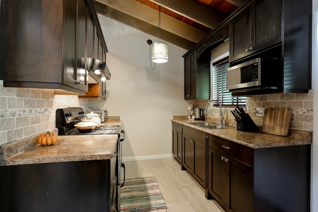 Townhouse at 2686 KINGSFORD AVENUE, Burnaby North, British Columbia. Image 13