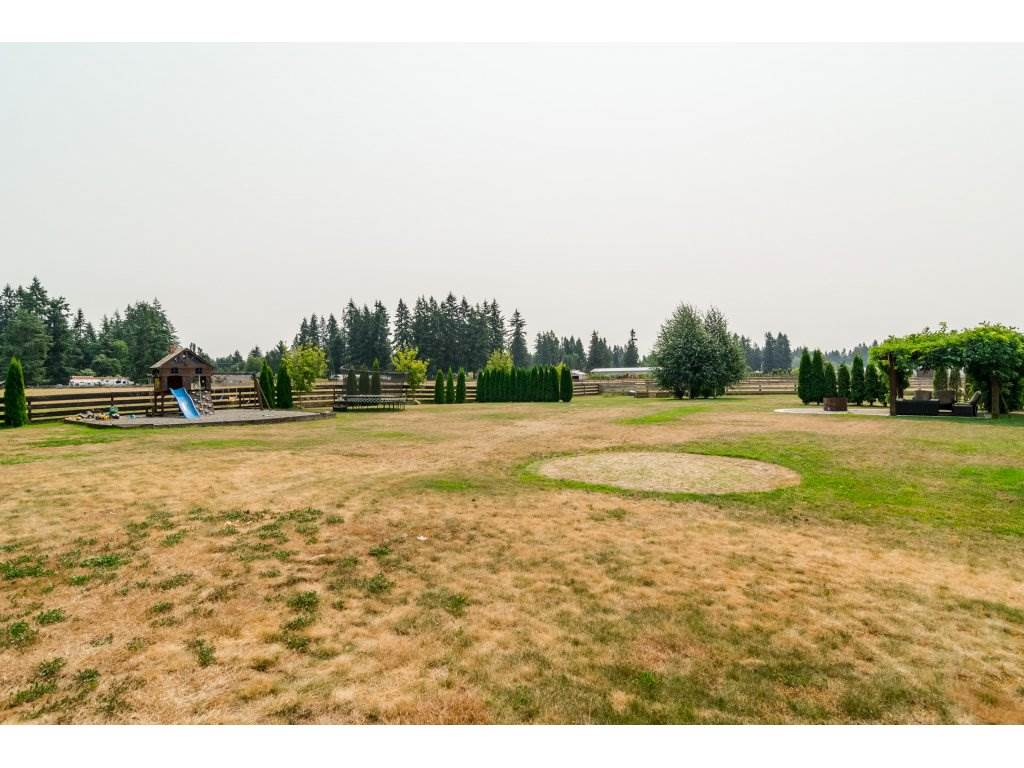 Detached at 5468 238 STREET, Langley, British Columbia. Image 20