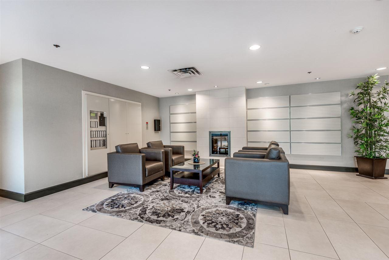 Condo Apartment at 1202 200 NEWPORT DRIVE, Unit 1202, Port Moody, British Columbia. Image 3