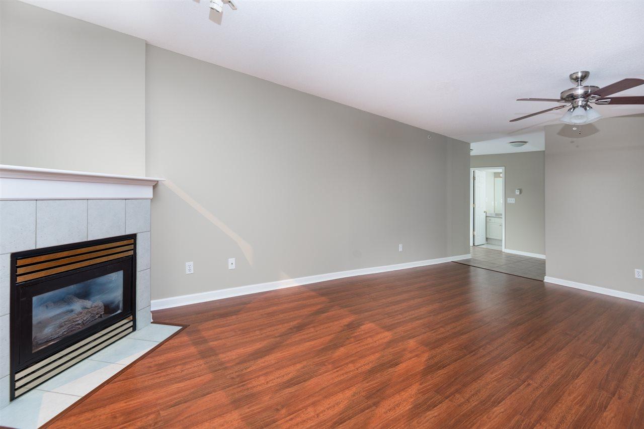 Condo Apartment at 1202 200 NEWPORT DRIVE, Unit 1202, Port Moody, British Columbia. Image 4